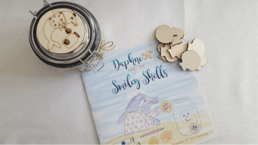 Daphne and the smiley shells plus personalised jar